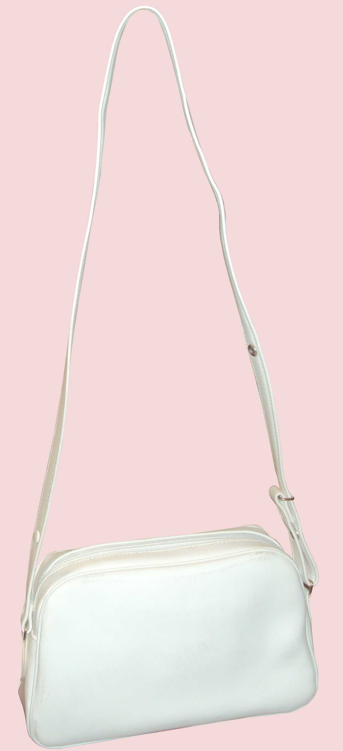 Lot 19 - Pack of 50 - Women's White Handbags - New