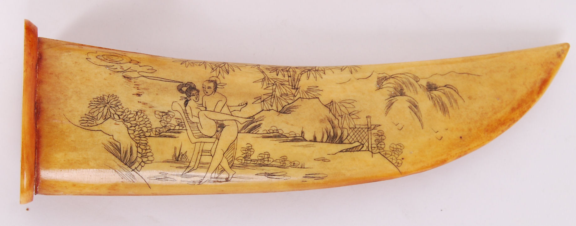 Lot 288 - BONE KNIFE