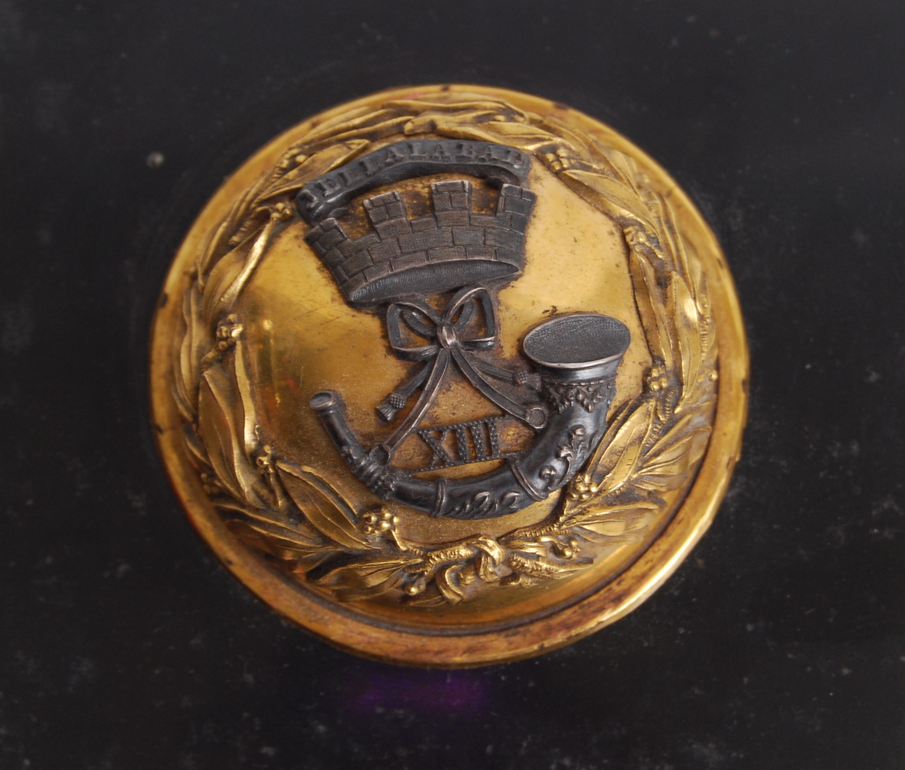 Lot 199 - CRIMEAN UNIFORM WING EMBLEM