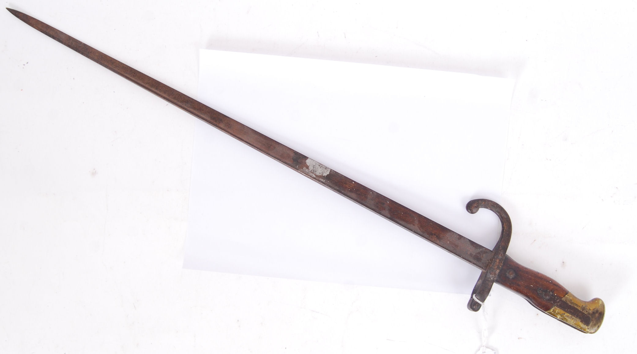 Lot 109 - 19TH CENTURY FRENCH BAYONET