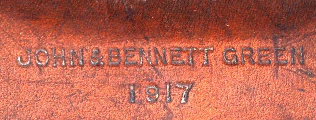 Lot 81 - WWI BINOCULARS