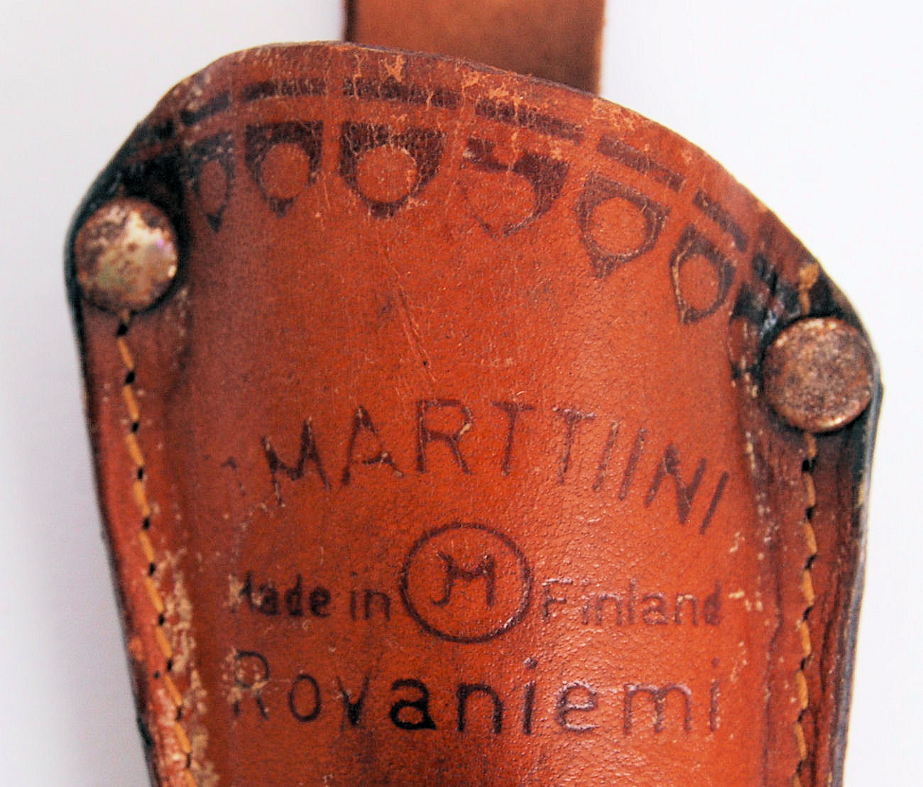 Lot 127 - MARTTIINI KNIFE