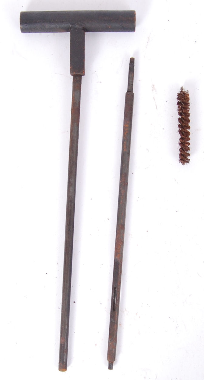 Lot 128 - GUN CLEANING RODS