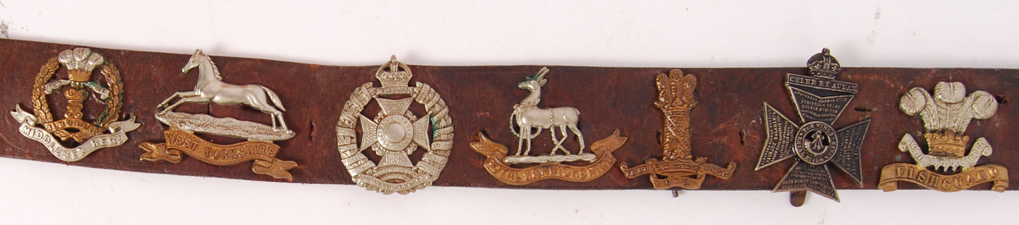 Lot 224 - WWI BADGES