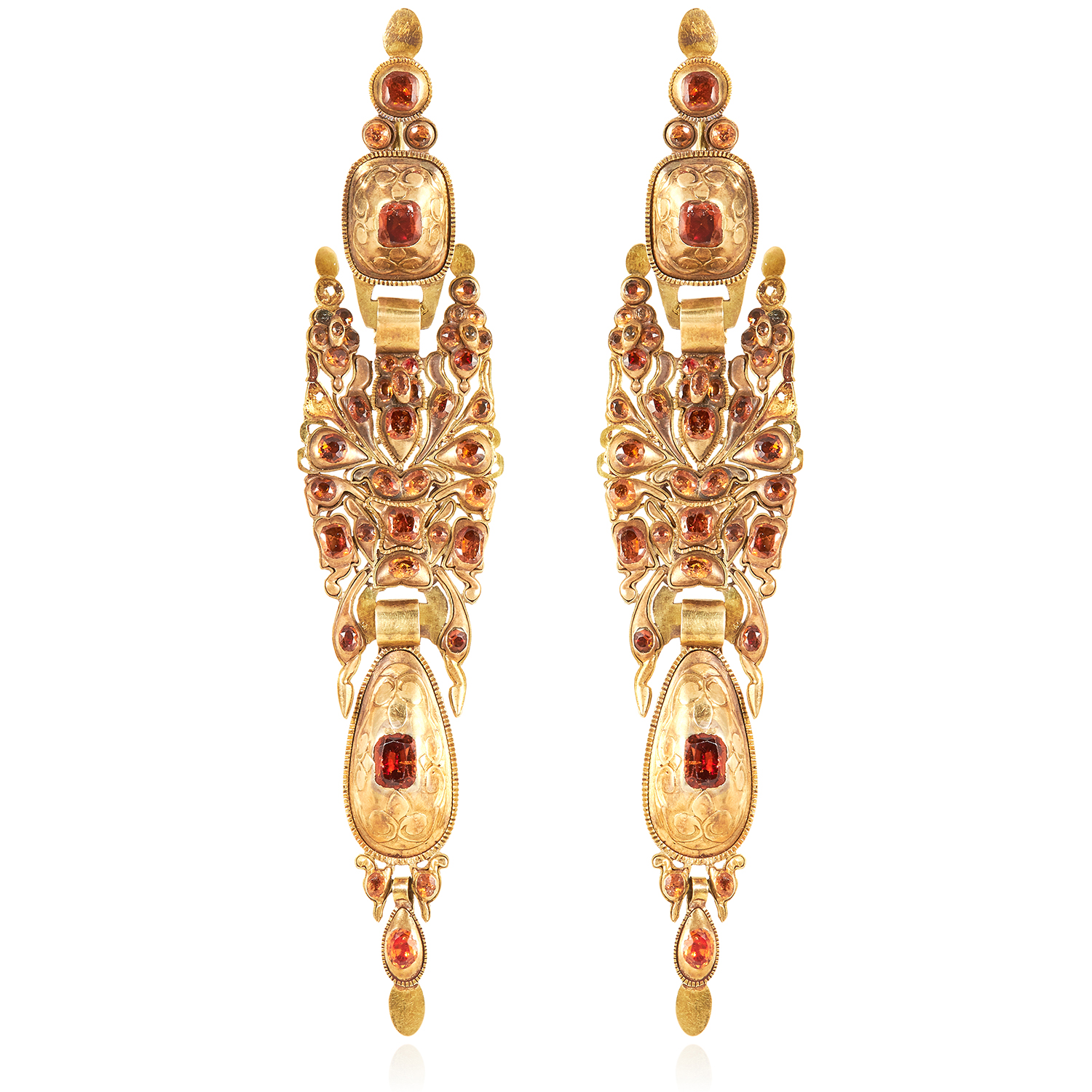 A PAIR OF SPANISH HESSONITE GARNET EARRINGS, CATALAN LATE 18TH CENTURY in high carat yellow gold