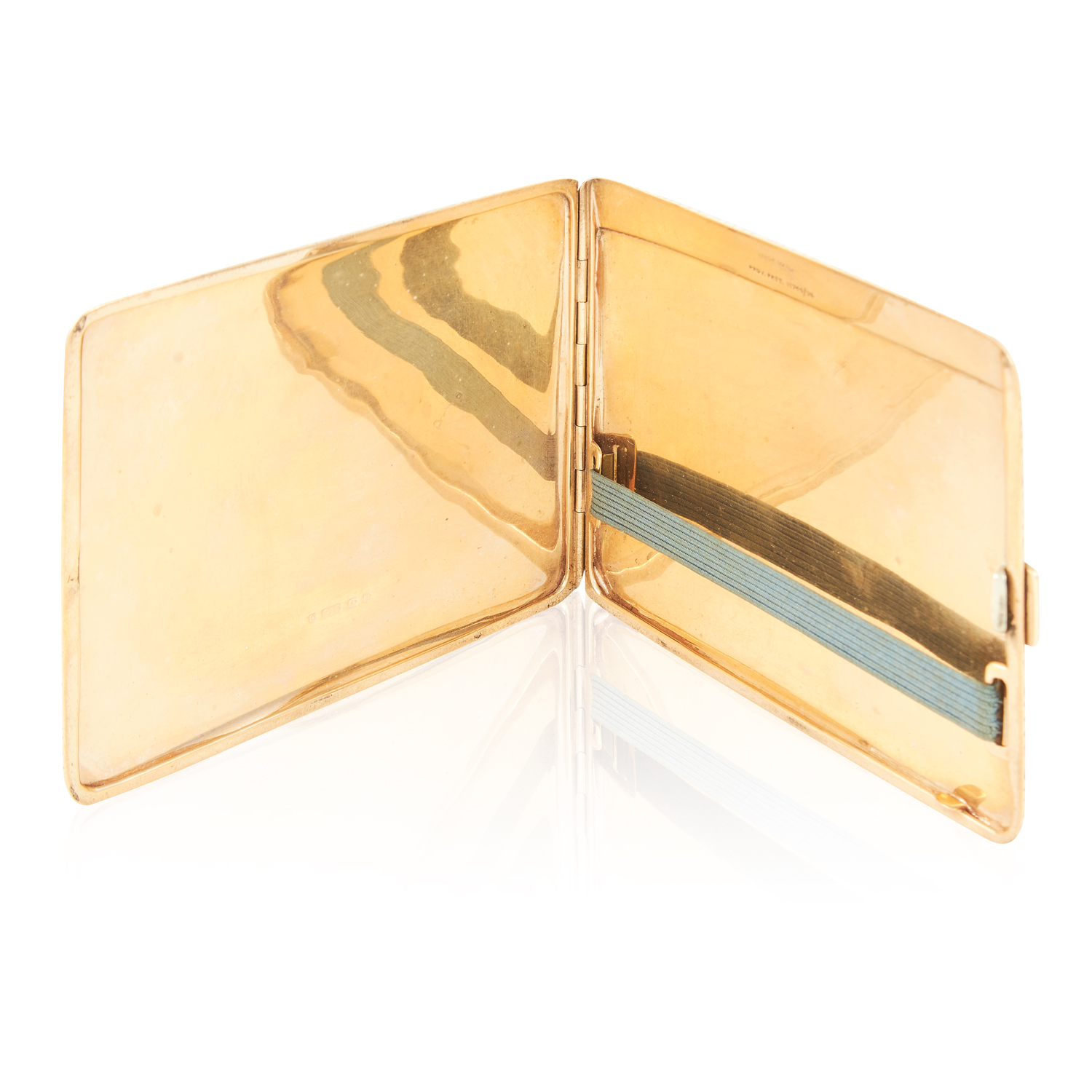 Los 74 - AN ANTIQUE GOLD CIGARETTE CASE, 1935 in 9ct yellow gold, the rounded rectangular body with engine