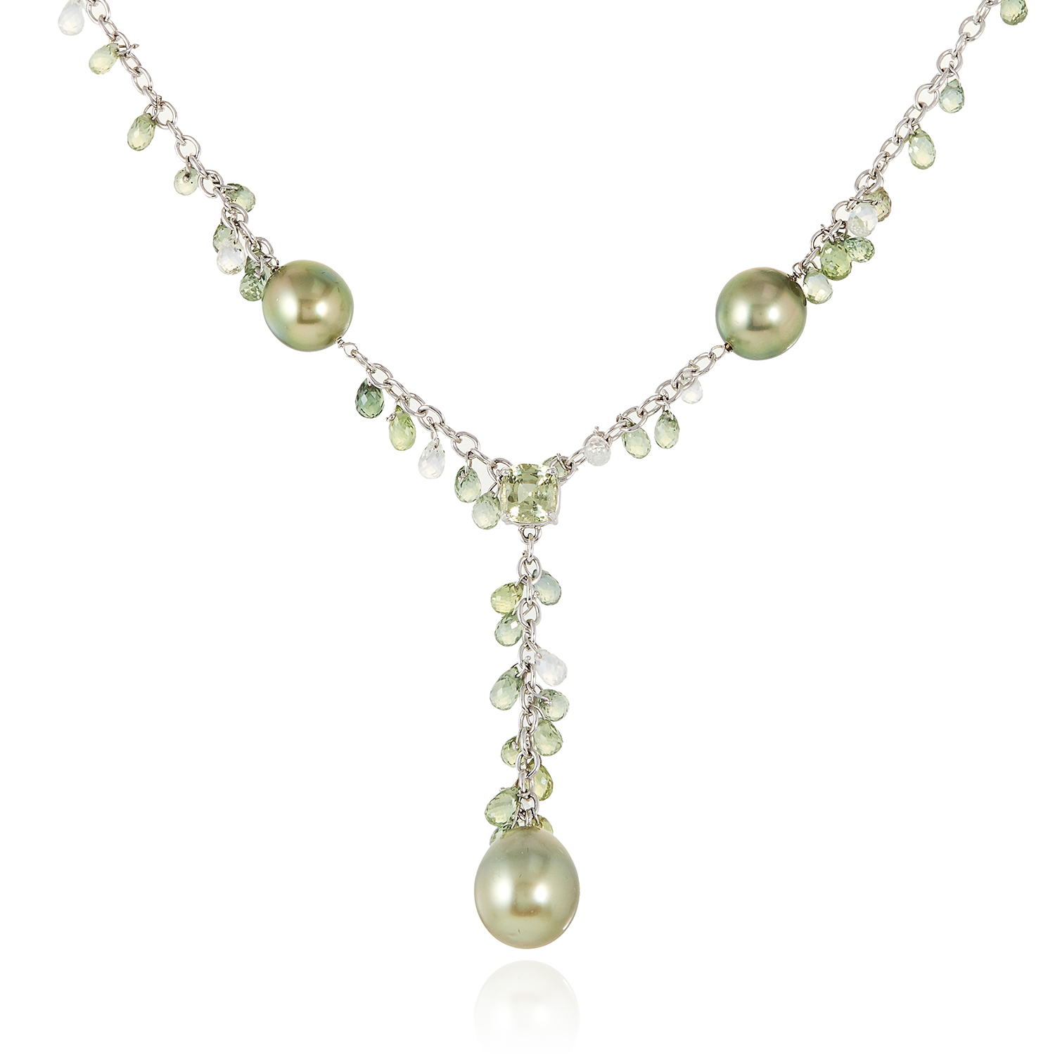 A PEARL AND SAPPHIRE NECKLACE in 18ct white gold, set with a central cushion cut sapphire of 1.44