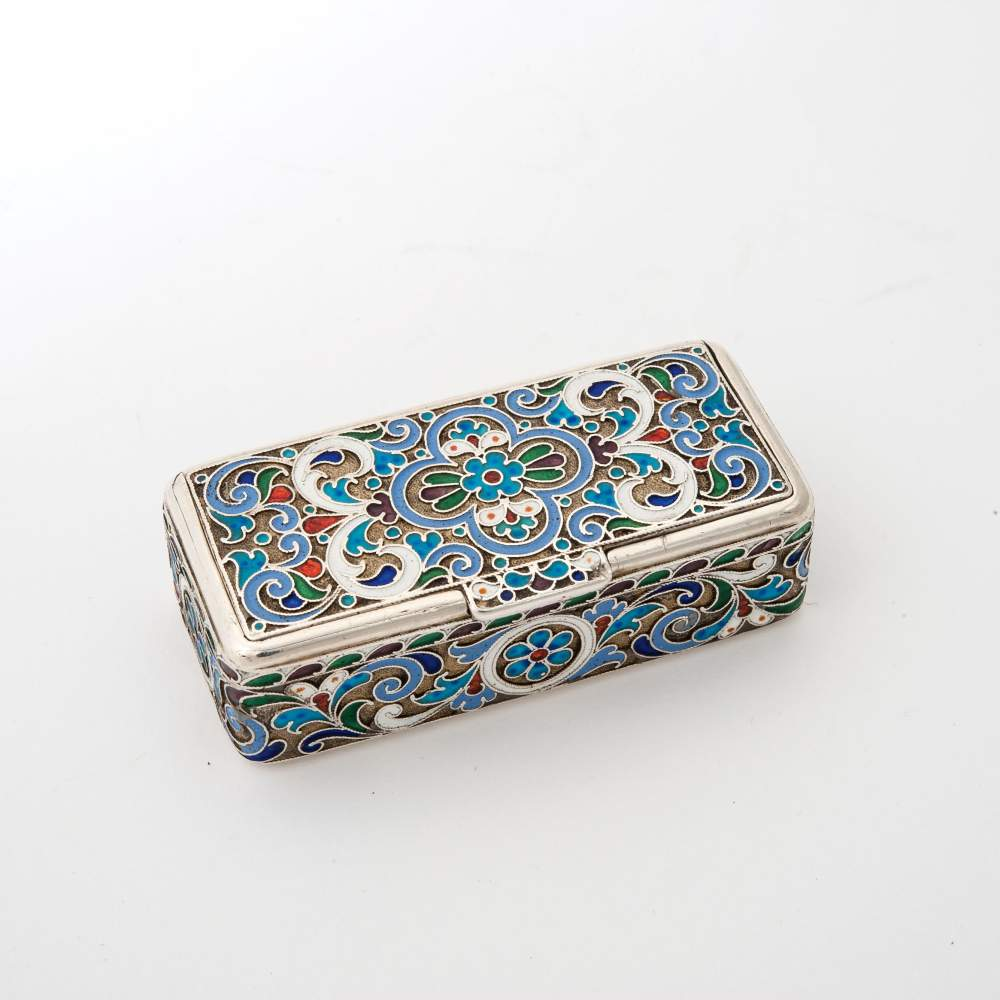 Lot 46 - A rectangular silver and cloisonné enamel snuffbox Russia, 19th/20th century, possibly V. Rassadin