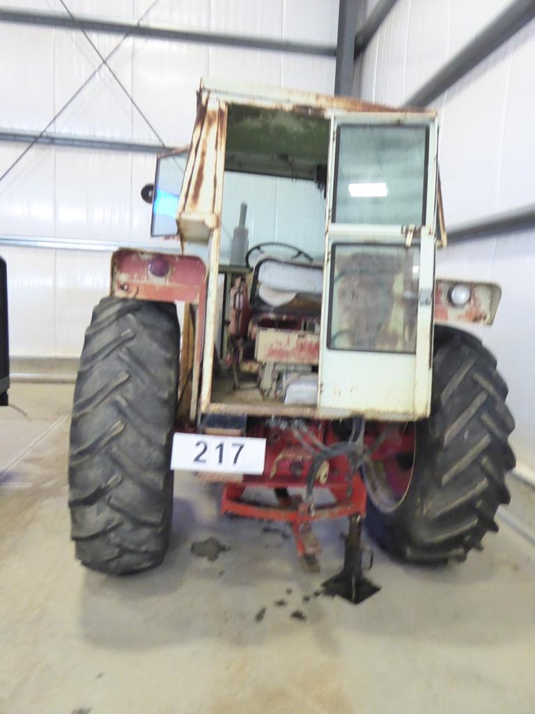 Lot 217 - COCKSHUTT 1800 DIESEL HYDRO-POWER DRIVE TRACTOR