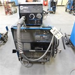 MILLER CP302 CV-DC WELDING POWER SOURCE W/MILLER 22-A WIRE FEEDER, S/N MD310968V (ADVANCED RIGGERS &