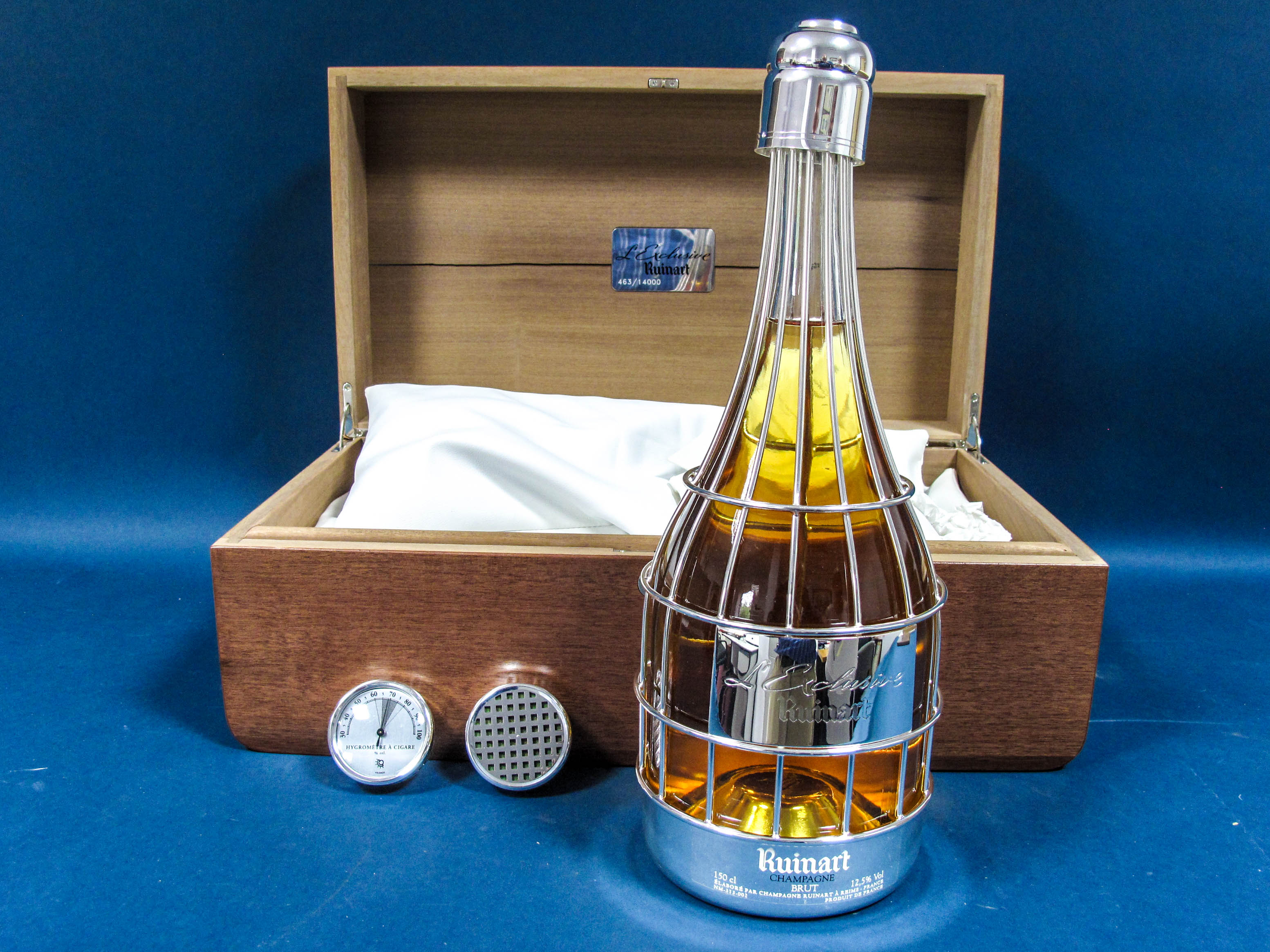 Lot 34 - Champagne - Limited Edition L'Exclusive de Ruinart Champagne, presented in an elegant magnum