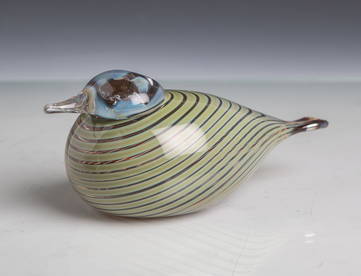 """Lot 34 - Toikka, Oiva (1931 - 2019), """"Bird"""", stilisierte vollplastischeAusführung eines Vogels, Iittala,"""