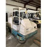 TENNANT FLOOR SWEEPER/SCRUBBER, MODEL: 7400, S/N: 7400-5506, LPG, 6216 HOURS