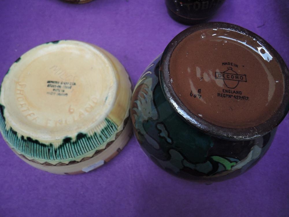 Lot 24 - A selection of interesting ceramics including Majolica tobacco jar and Decoro