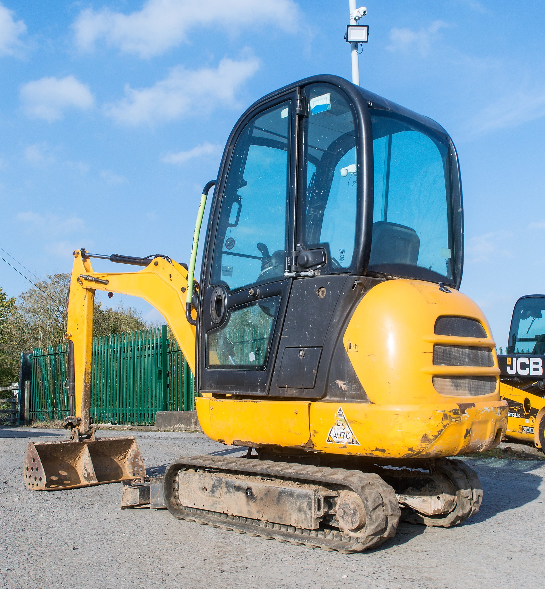 Lot 18 - JCB 8018 1.5 tonne rubber tracked mini excavator Year: 2013 S/N: 2074561 Recorded Hours: 1630 blade,