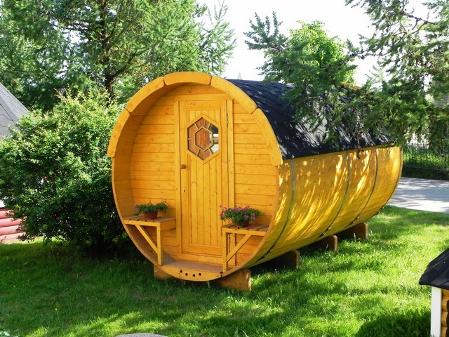 Lot 18027 - V Brand New 4 x 2.4m Barrel For Sleeping - Sleeping Room 2 x 2m - Small Benches at Entrance -