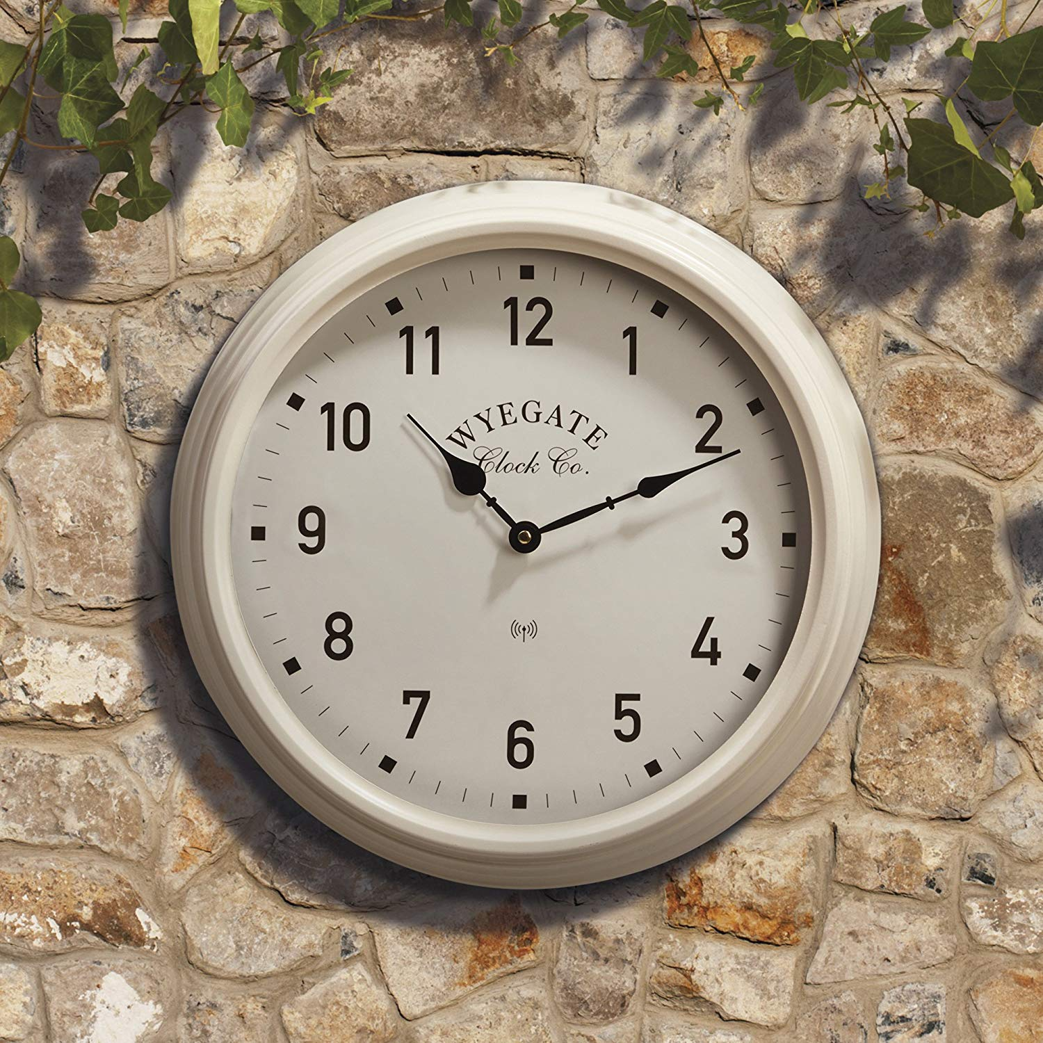 Lot 18100 - V Brand New Big Wyegate Garden/Indoor Clock (Radio Controlled) - 39cm - Cream - RRP £24.99 -