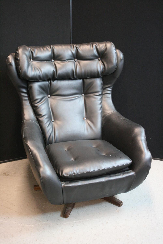 PARKER KNOLL CHAIR A Retro Parker Knoll Statesman Ambassador - Parker knoll egg chair