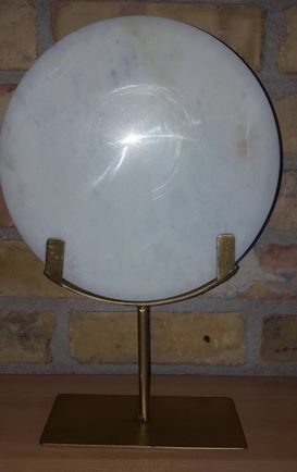 Lot 35 - 1 GRADE B MARBLE DISK SCULPTURE WITH BRASS STAND /
