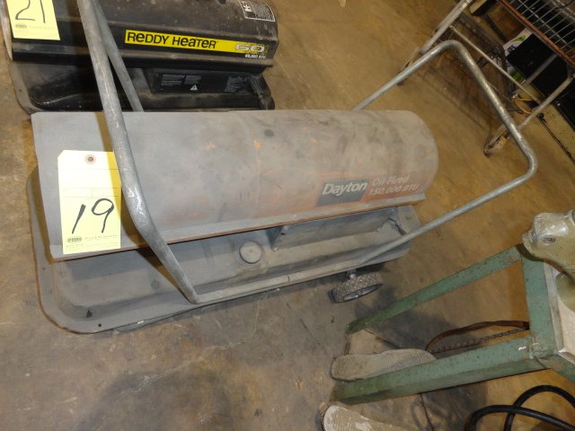 Lot 19 - HEATER, DAYTON, 150,000 BTU, oil fired