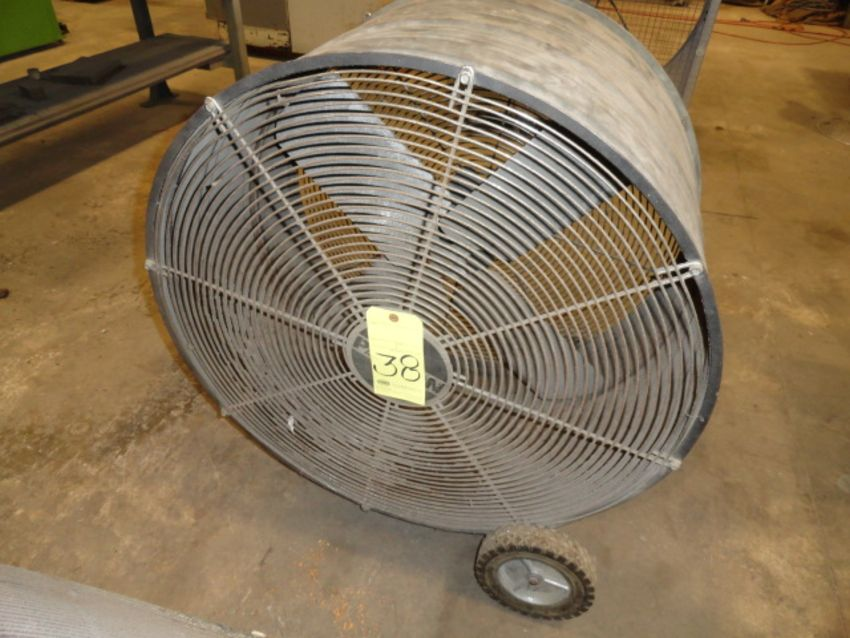 Lot 38 - SHOP FAN, PATTON
