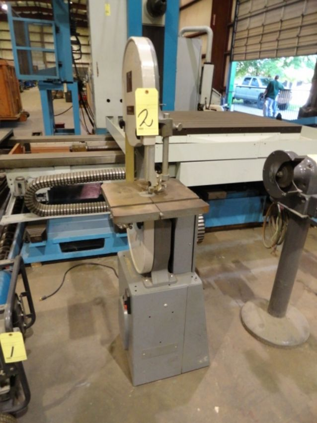 "Lot 2 - BANDSAW, ROCKWELL MDL. 28-200, 6"" vertical, 14"" x 14"" table, S/N LJ5734"