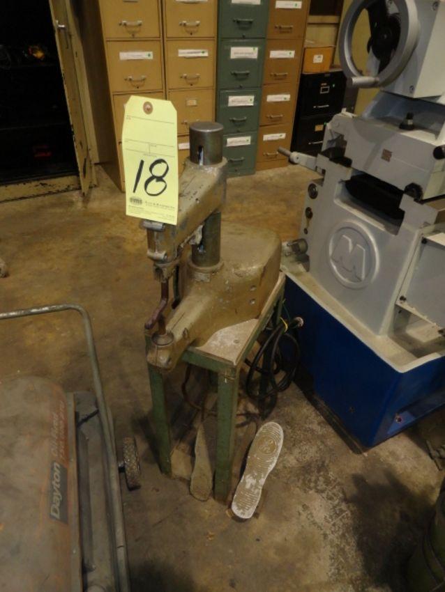 Lot 18 - PORTABLE SPOT WELDER, LITTON PRECISION MDL. A, No. 122