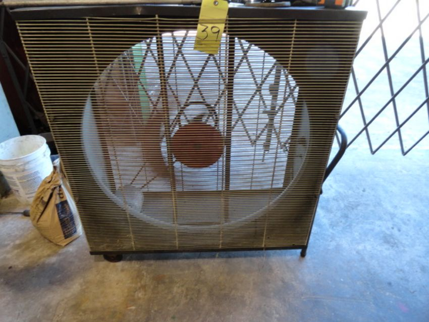 Lot 39 - ROUND SHOP FAN, DAYTON 36""