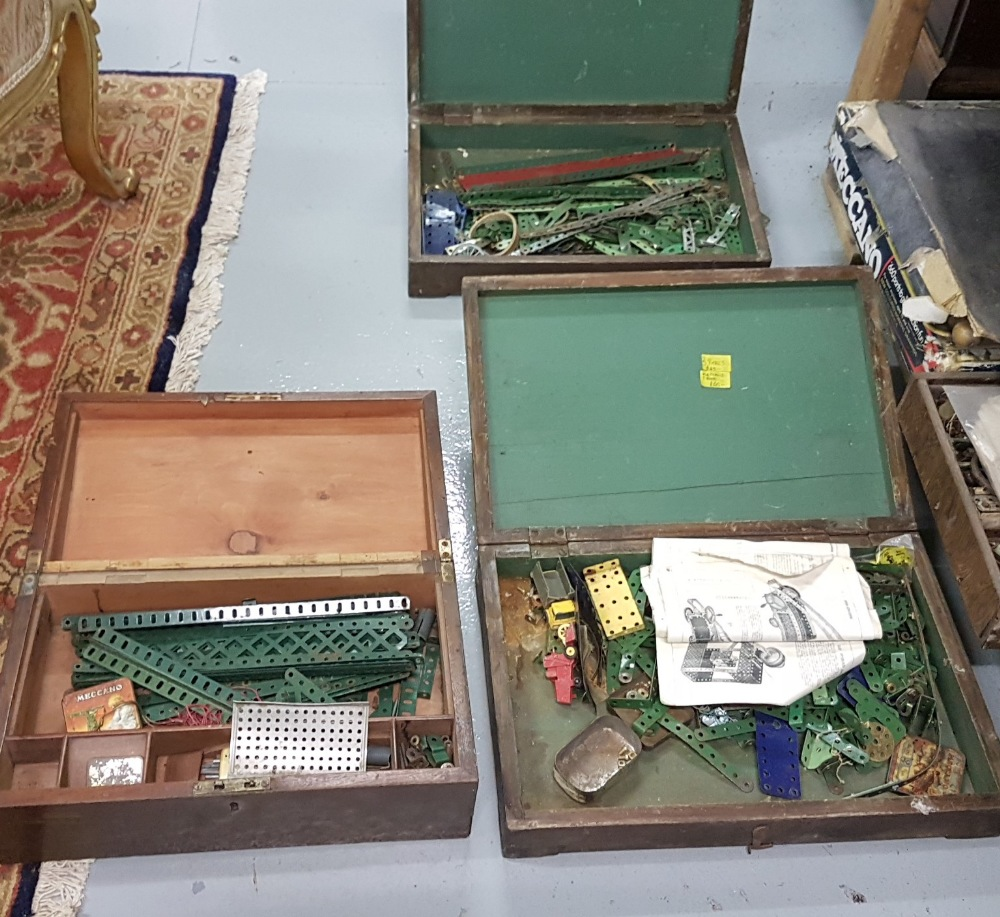 Lot 211 - Group of Mecanno and other model railway parts incl. tracks, wheels etc