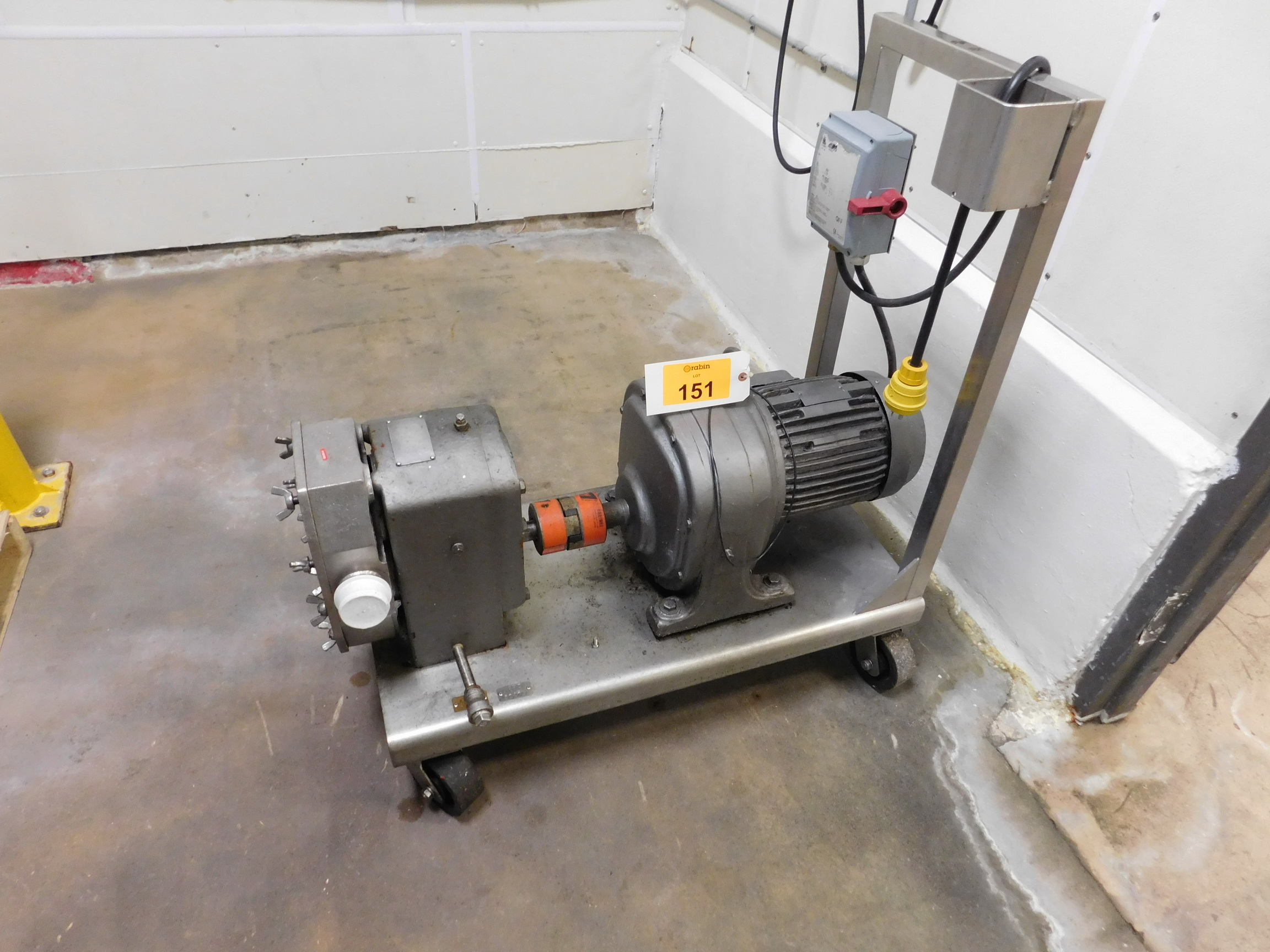 Lot 151 - Positive Pump