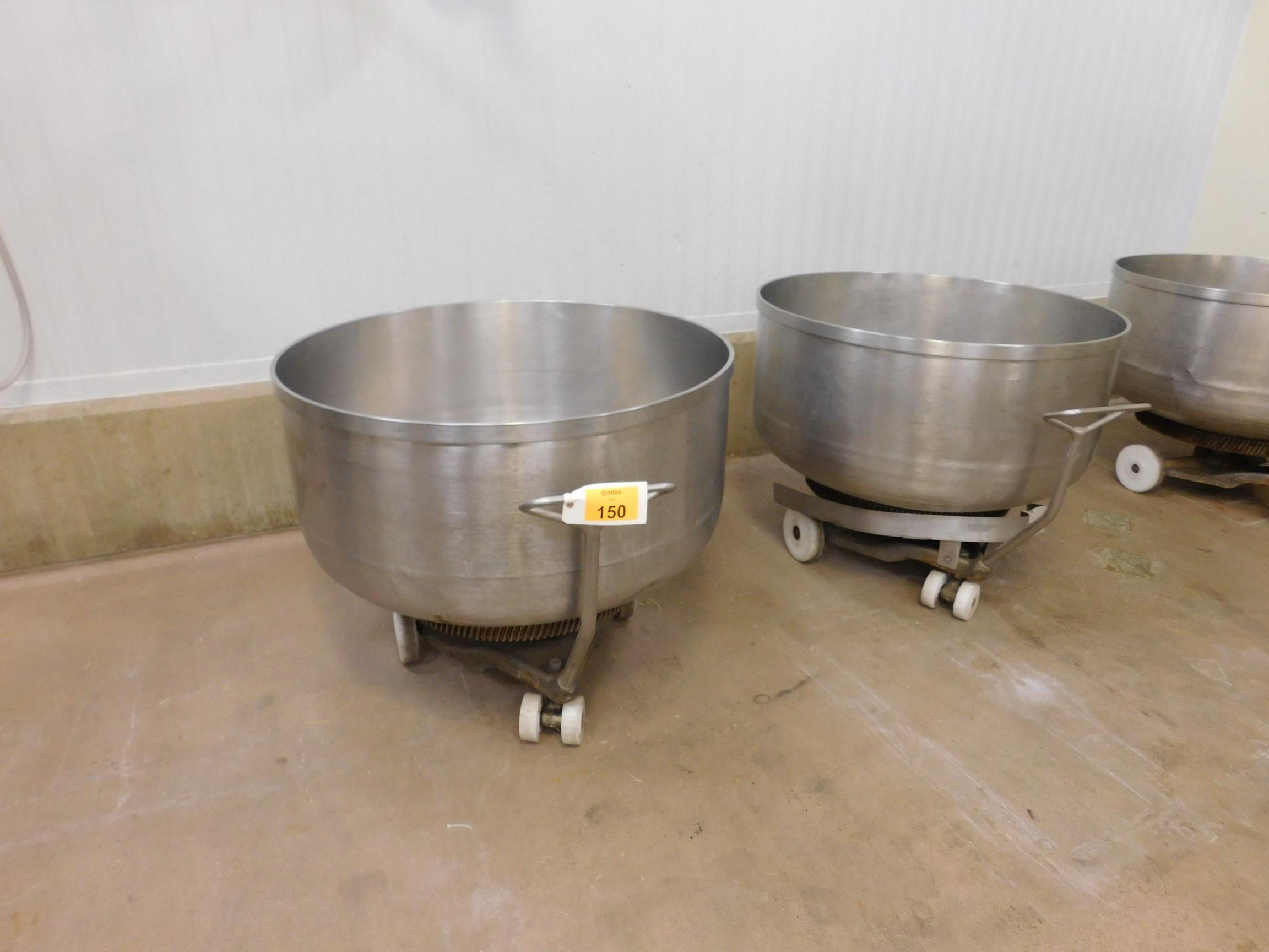Lot 150 - Bowls