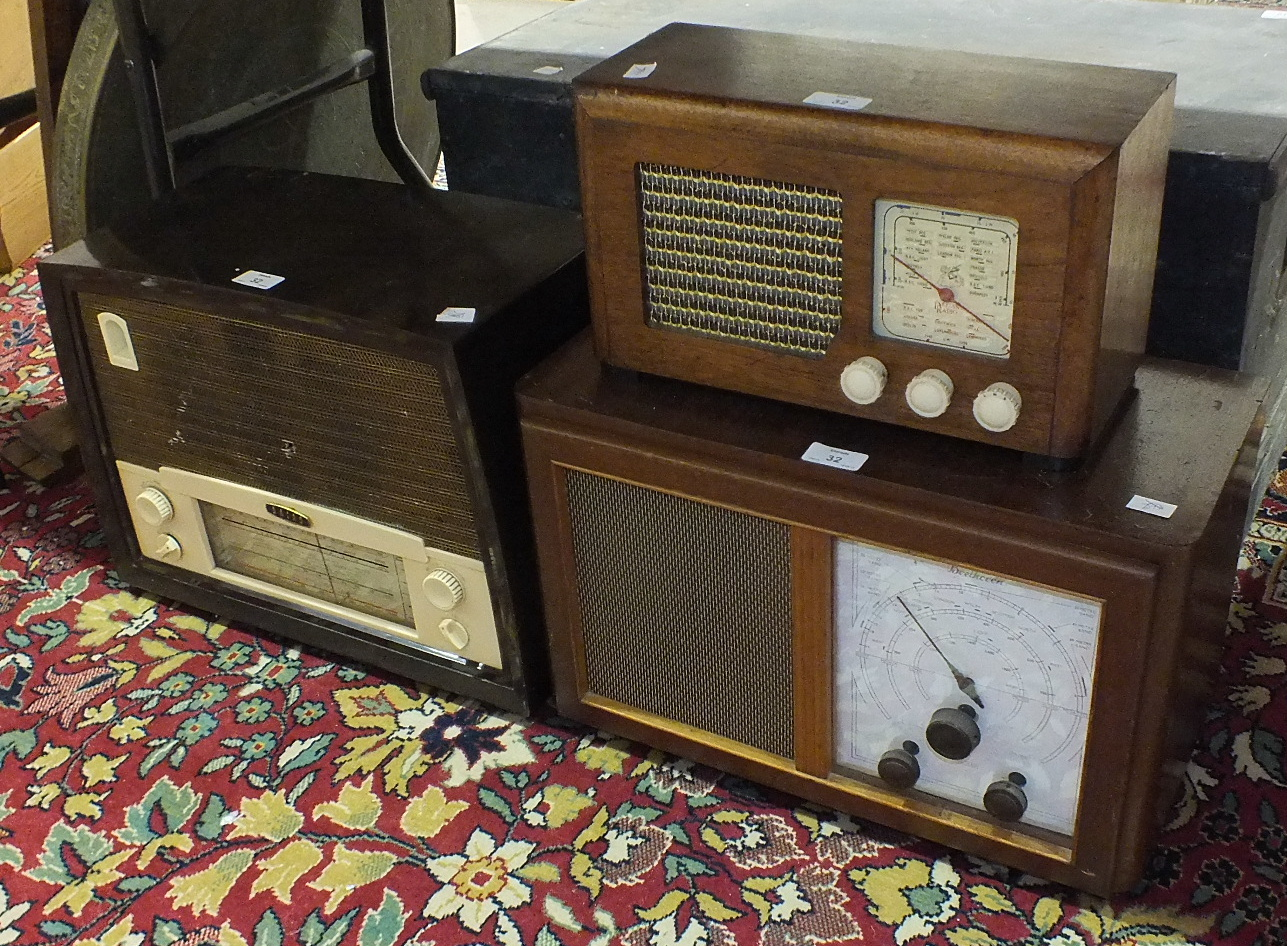 Lot 32 - Three vintage mains radios: a Beethoven A415, a Radio Rentals/Baird model 218 Bakelite radio and a