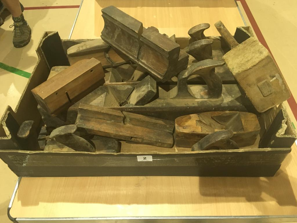 Lot 2 - Eight wood planes G
