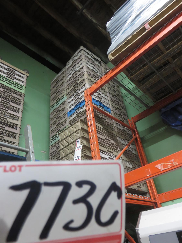 Lot 773D - LOT - BROWN/ GREEN / BLUE 19 X 19 ASSTD DISH WASH TRAYS (30 PCS)