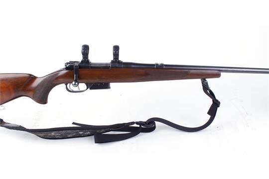 S1  22 (Hornet) CZ BRNO Model 527 bolt action stalking rifle