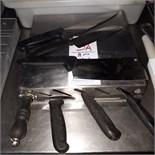 Assorted knives & holder
