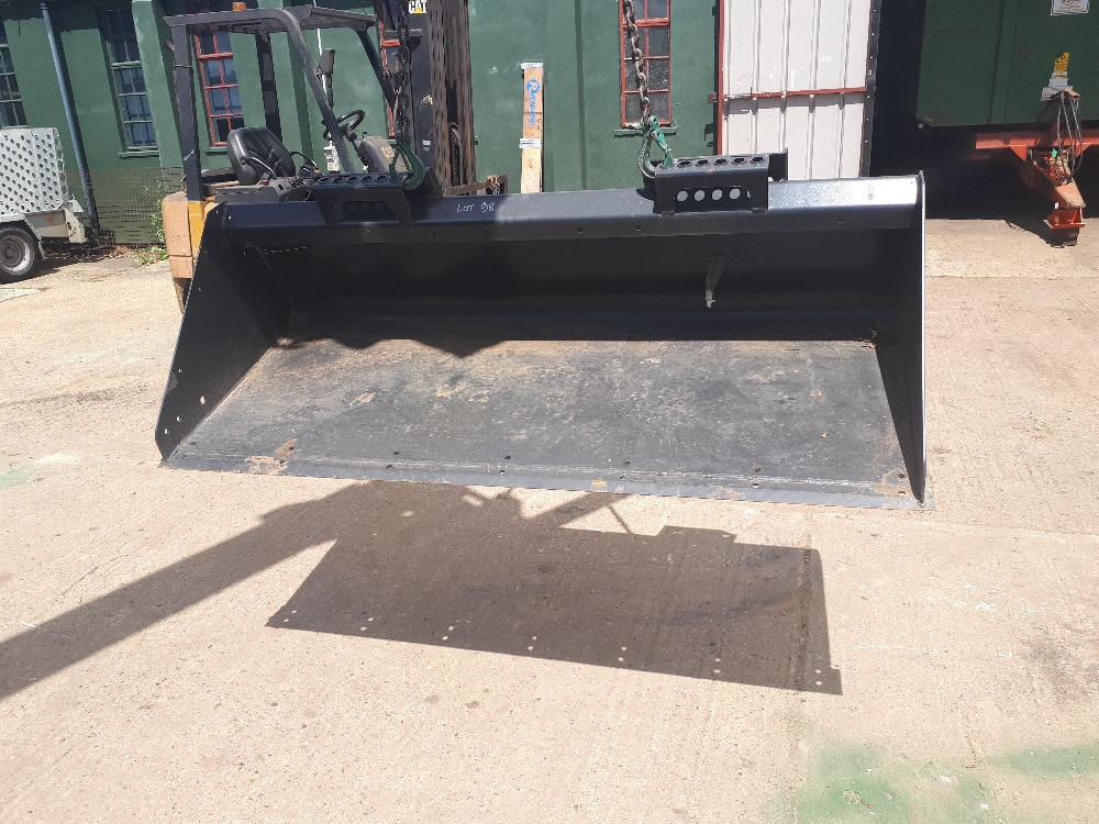 Lot 26 - New bobcat bucket Stored near Eye,