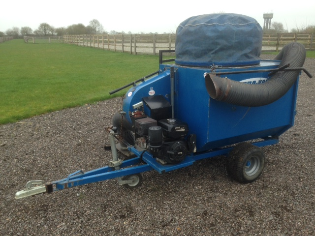 Lot 47 - Terra-Vac paddock cleaner. Will also collect leaves etc.