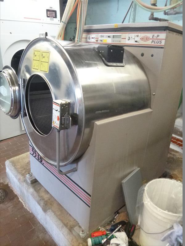 Milnor Washer Machines ~ Commercial washing machine milnor e p plus lb s mod