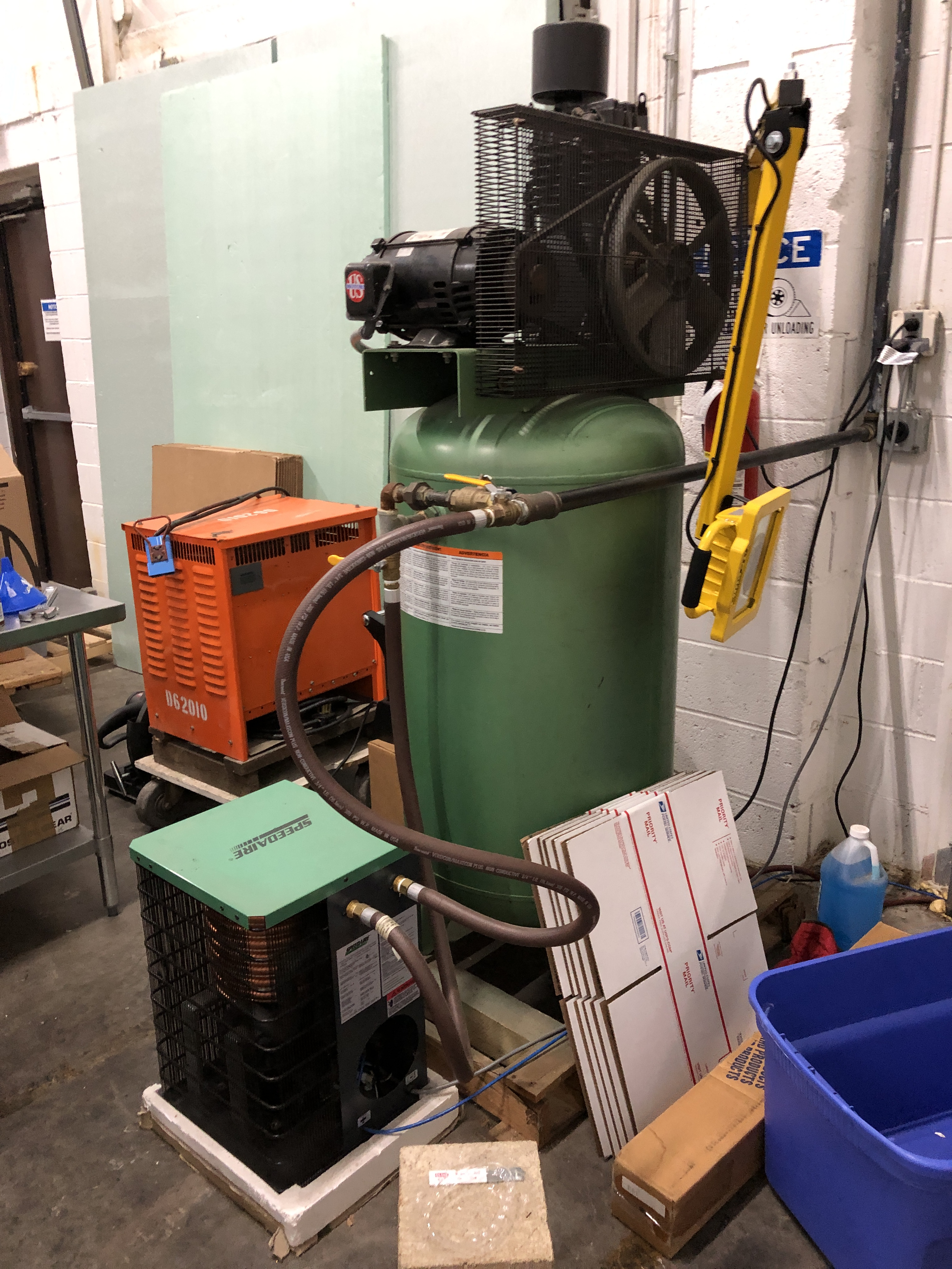 Lot 48 - Speedaire model 5f565 Air Compressor 35 SCFM at 100 psig with refrigerated cooler with R-134a