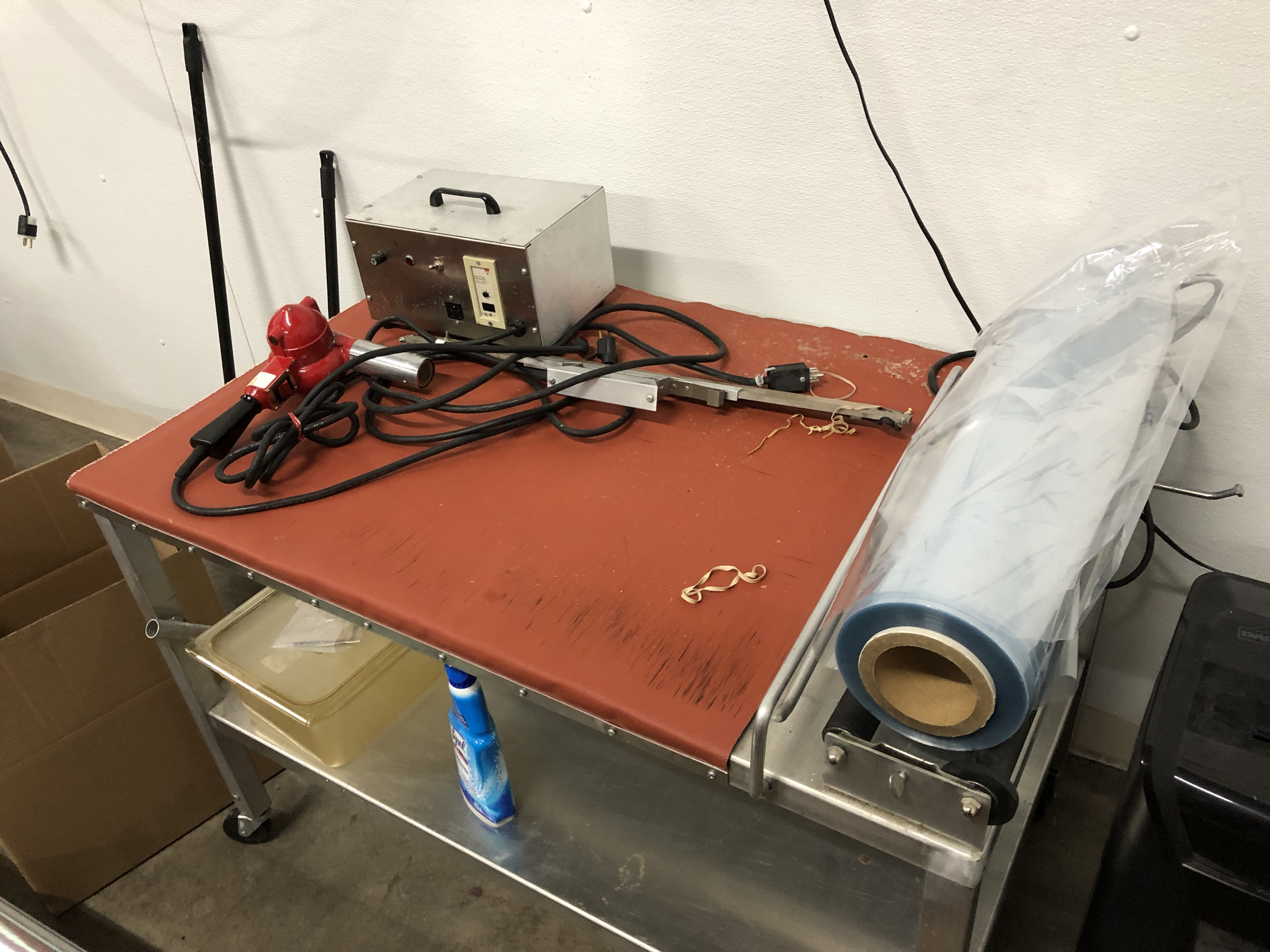 "Lot 39 - Nowco Portable Shrink Film Sealer with 24"" hand held sealing wand with heat gun"