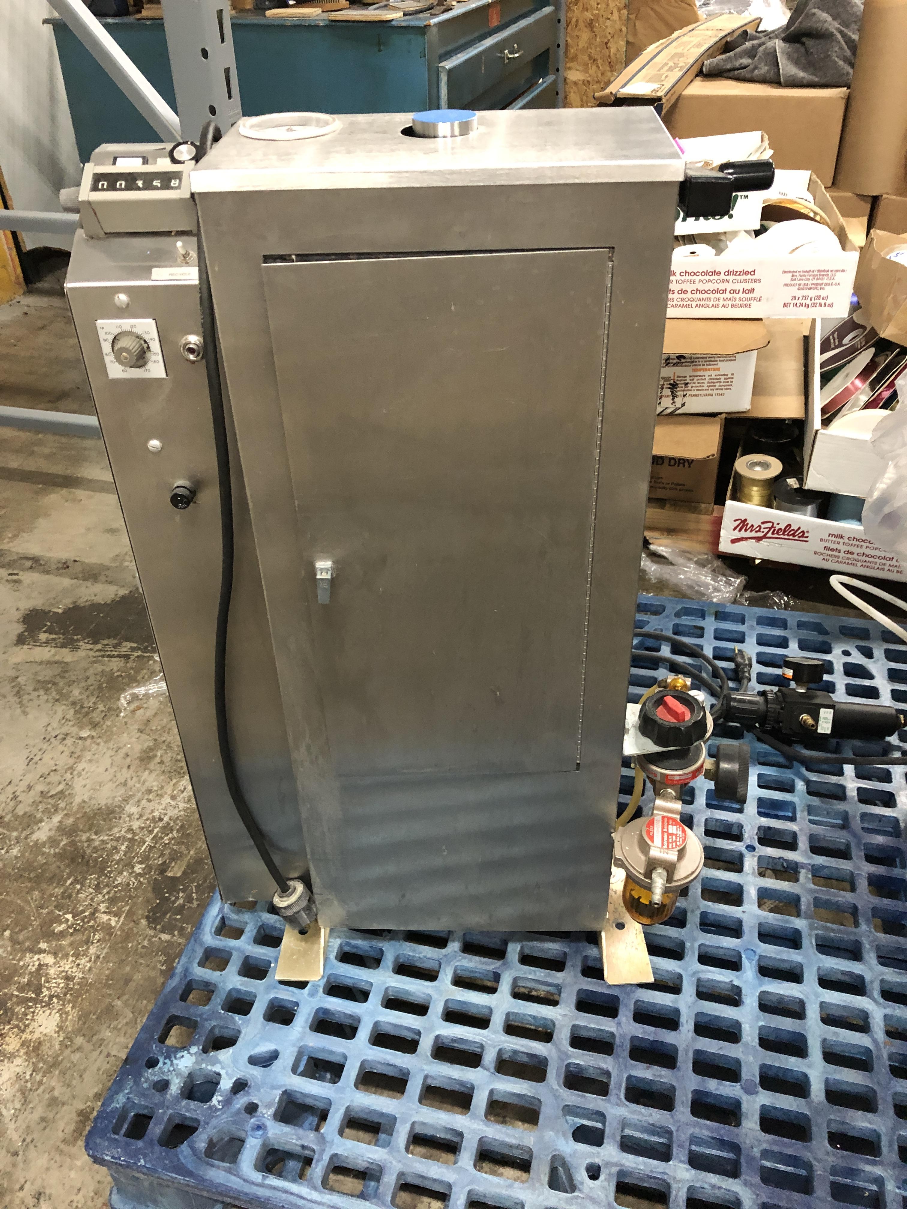 Lot 15 - Wahl Metering Pump