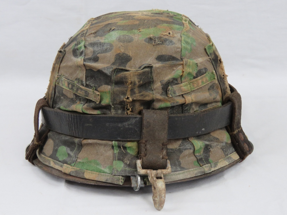 A WWII German M35 Infantry helmet with D - Image 3 of 5