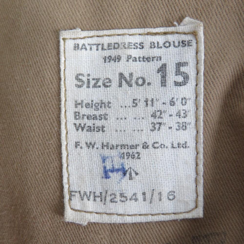 Lot 27 - A WWII Royal Marine Sergeants overcoat a
