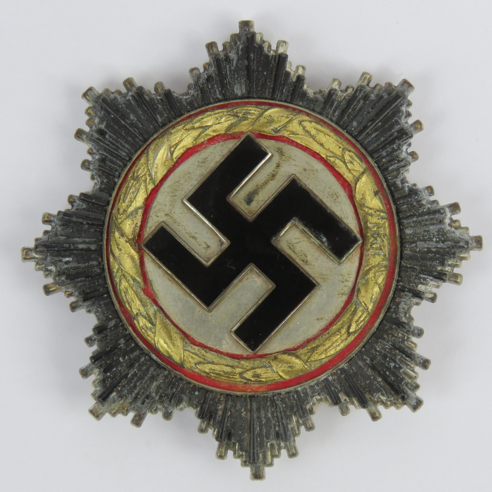 Lot 128 - A reproduction WWII German Cross 'Gold'