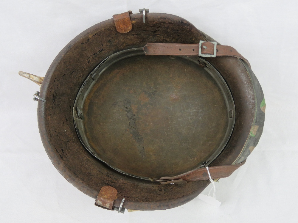 Lot 18 - A WWII German M35 Infantry helmet with D
