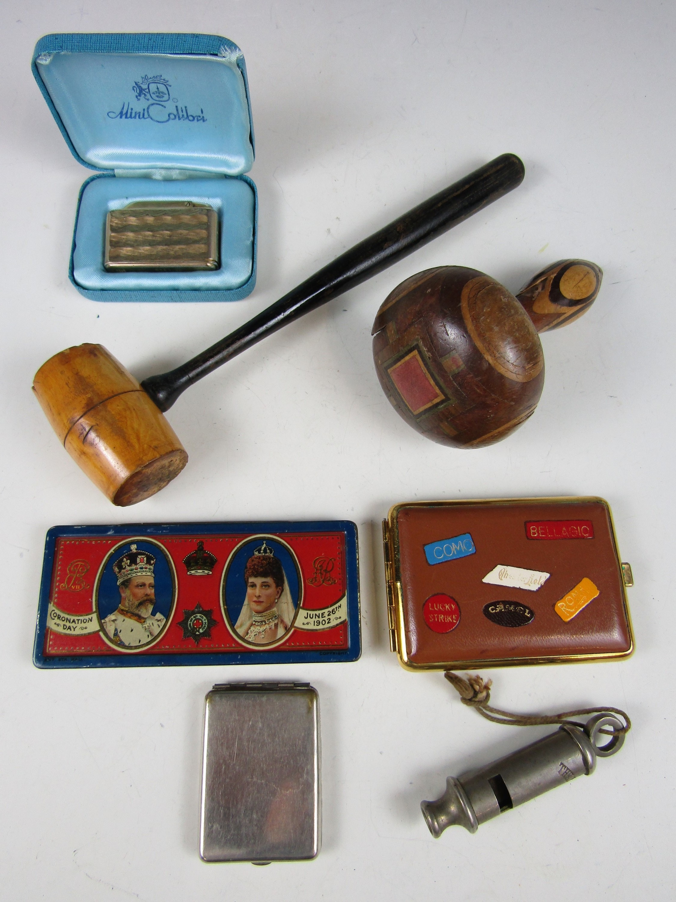 Lot 59 - Sundry collectors' items including a 1902 Coronation tin and a darning mushroom etc