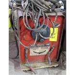 LINCOLN ELECTRIC IDEALARCH 250 MIG WELDER W/ CABLES & CART