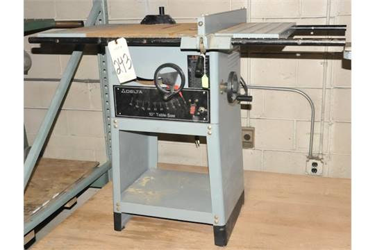10 Table Saw S N K9203 With Rip Fence