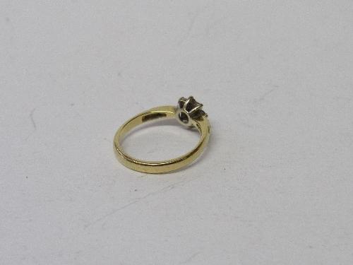Lot 391 - 18ct gold, diamond & sapphire ring, size K, weight 2.6gms. Estimate £80-100.